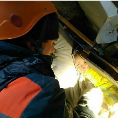 Дыши, Ванечка! Малыш, чудом спасенный из-под завалов дома в Магнитогорске, начал самостоятельно дышать