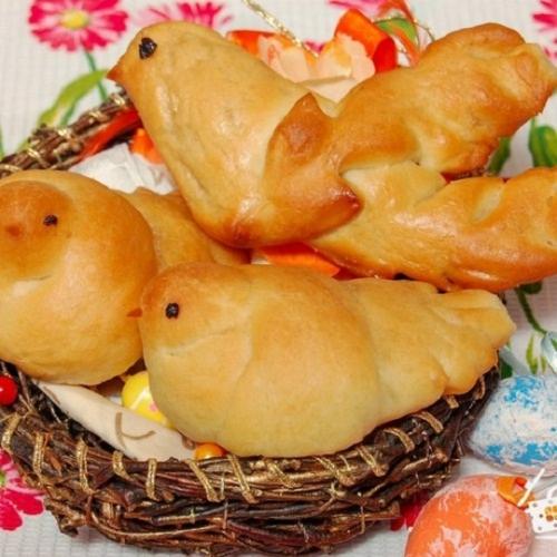 Завтра, 22 марта, – день Жаворонка. В Варне отмечают вторую встречу весны и пекут жаворонков