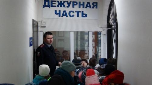 «Собака с милицией обещала прийти…» В отделе МВД России по Варненскому району школьники познакомились с работой полиции