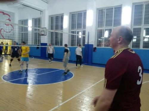 Рыцари мяча. В Варненском районе сотрудники полиции приняли участие в сельской спартакиаде по волейболу