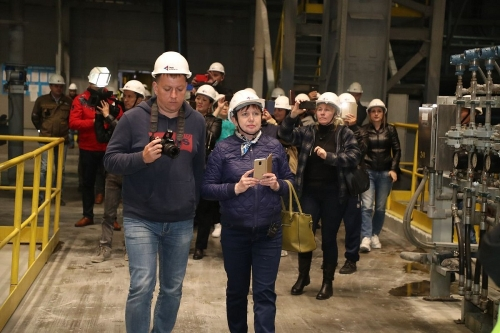 Посмотрели на будущее. На Михеевском ГОКе побывала экскурсия жителей Хабаровского края
