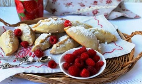 Завтра, 16 августа, – Исаакий Малинник. В Варне собирают малину и пекут с этой ягодой пирожки