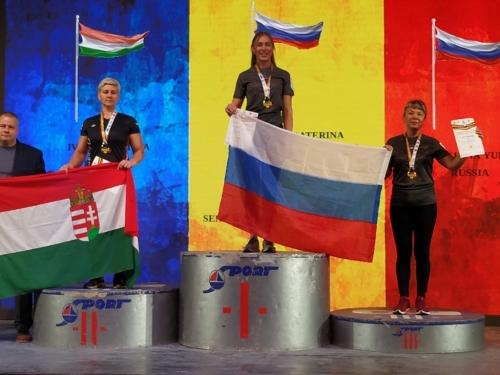 Снова бронза, но уже мира! Юлия Анохина – призёр мирового чемпионата по армрестлингу