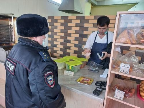 Мигрант нелегальный, а срок может быть реальный. На территории Варненского района прошла операция «Нелегальный мигрант»